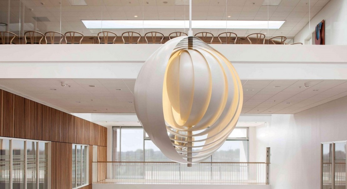 lampe design moon xxxl verpan blanche. Black Bedroom Furniture Sets. Home Design Ideas
