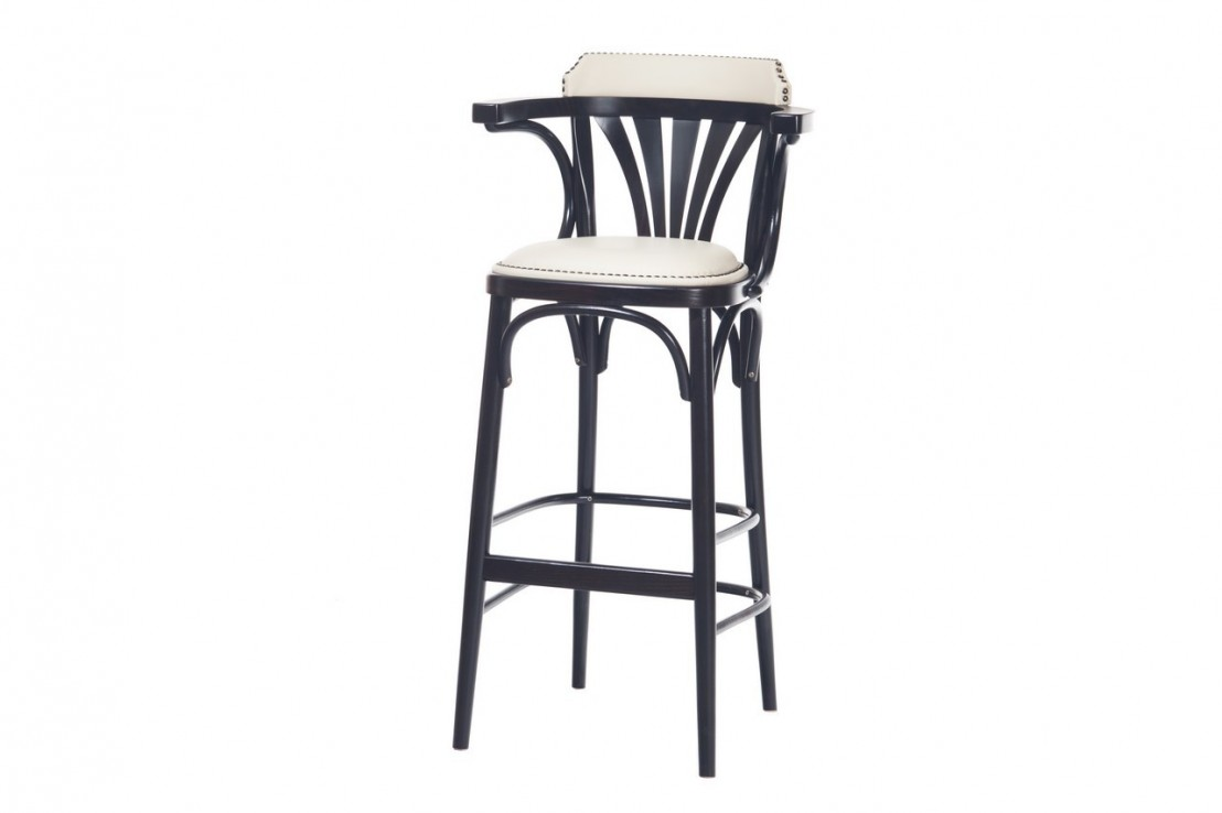 tabouret bar ton 135 par 2 tabourets assise cuir ou tissu clous. Black Bedroom Furniture Sets. Home Design Ideas