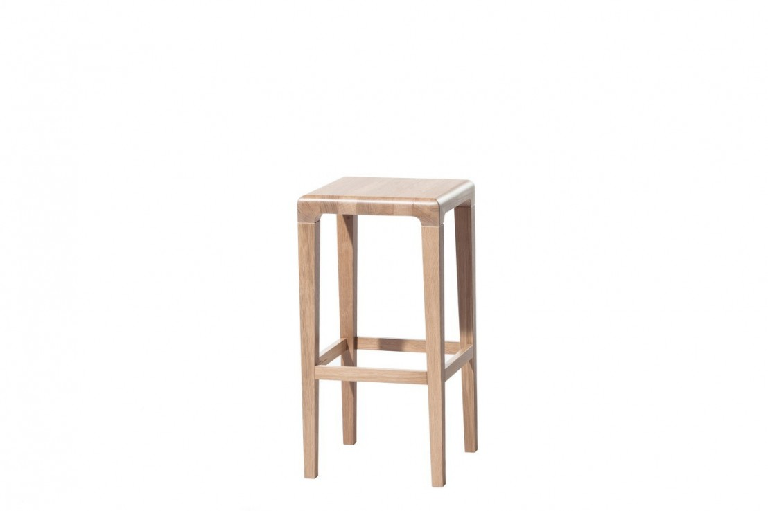 tabouret de bar bas rioja 368 ton livraison offerte. Black Bedroom Furniture Sets. Home Design Ideas