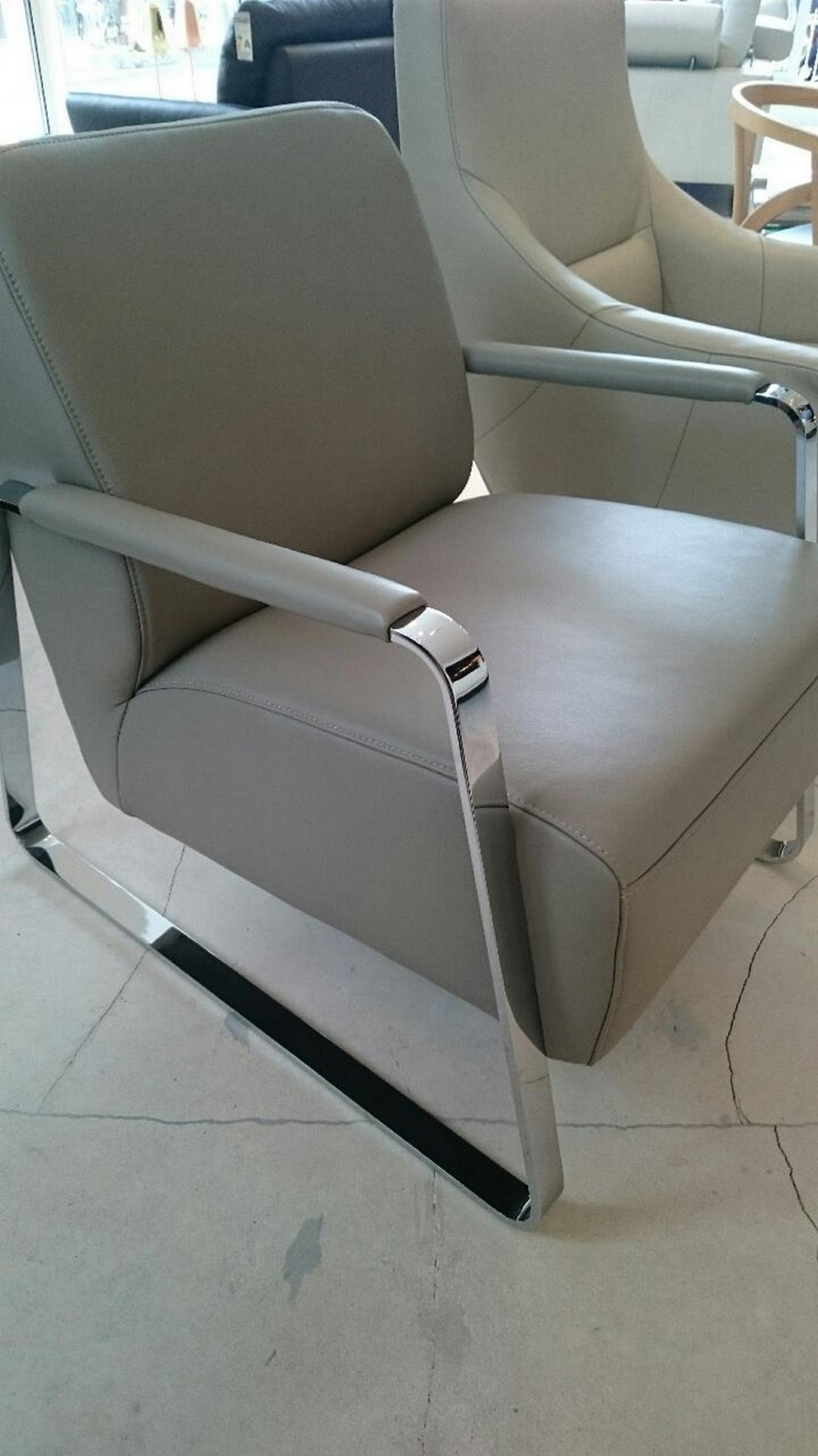 fauteuil design boy cuir pleine fleur deluxe2 nuage. Black Bedroom Furniture Sets. Home Design Ideas
