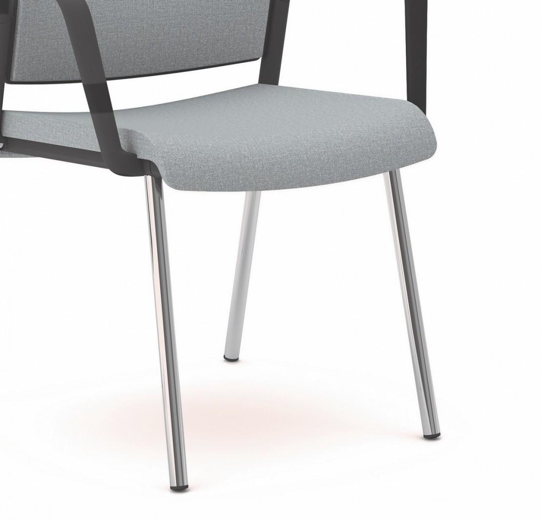 Chaise de bureau ou r union avec accoudoirs et 4 pieds for Bureau 4 pieds