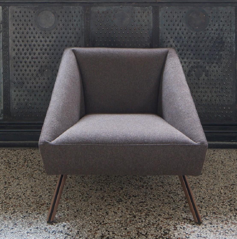 petit canap d 39 accueil fauteuil tissu luxy amarcord. Black Bedroom Furniture Sets. Home Design Ideas