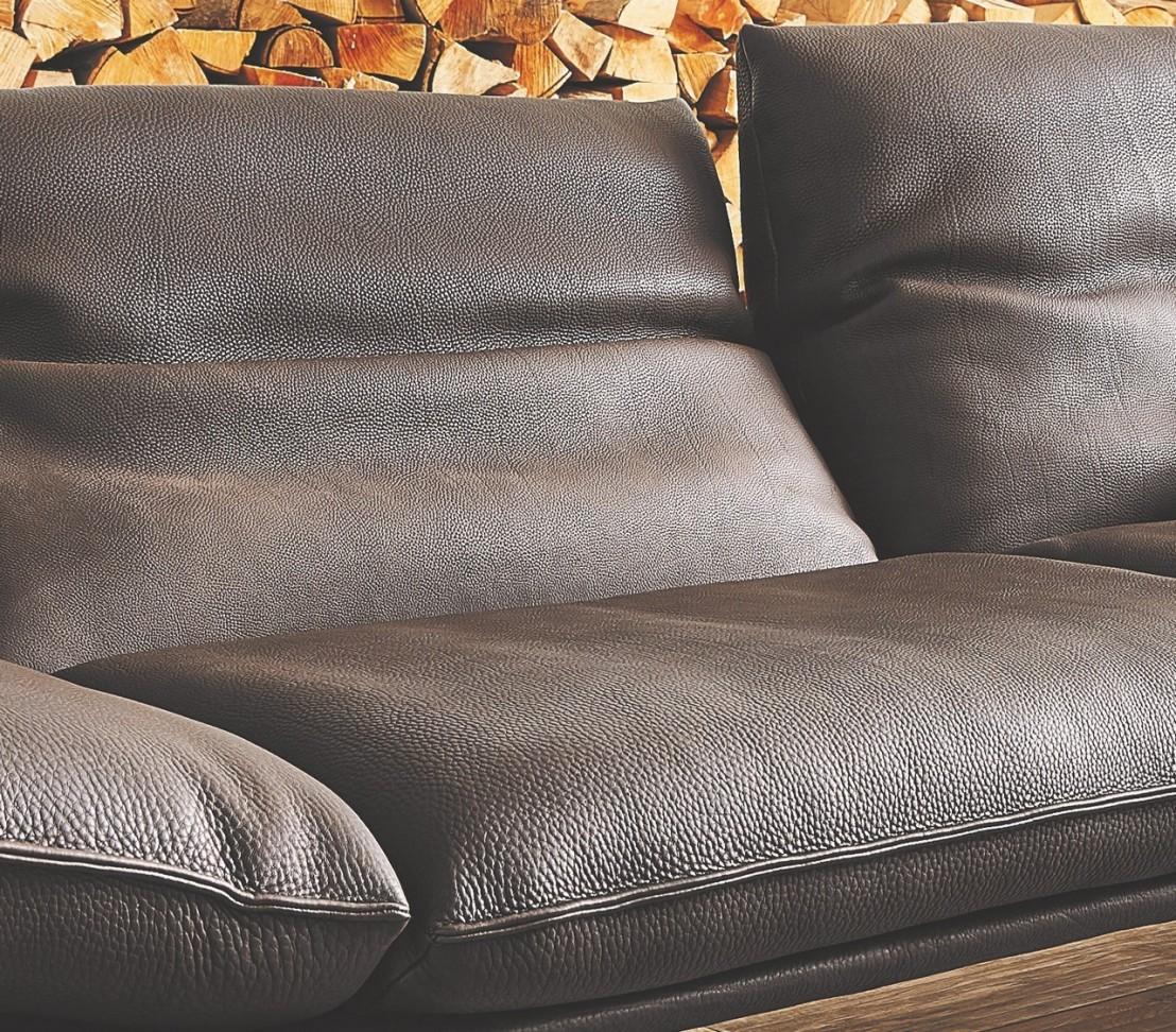 sublime canap design en cuir pais de taureau evans pm ultra. Black Bedroom Furniture Sets. Home Design Ideas