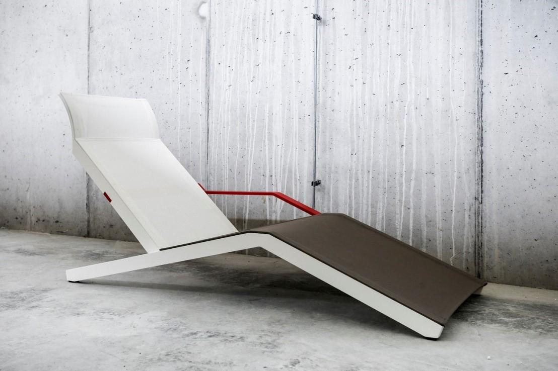 alva chaise longue design contemporain ext rieur pour. Black Bedroom Furniture Sets. Home Design Ideas