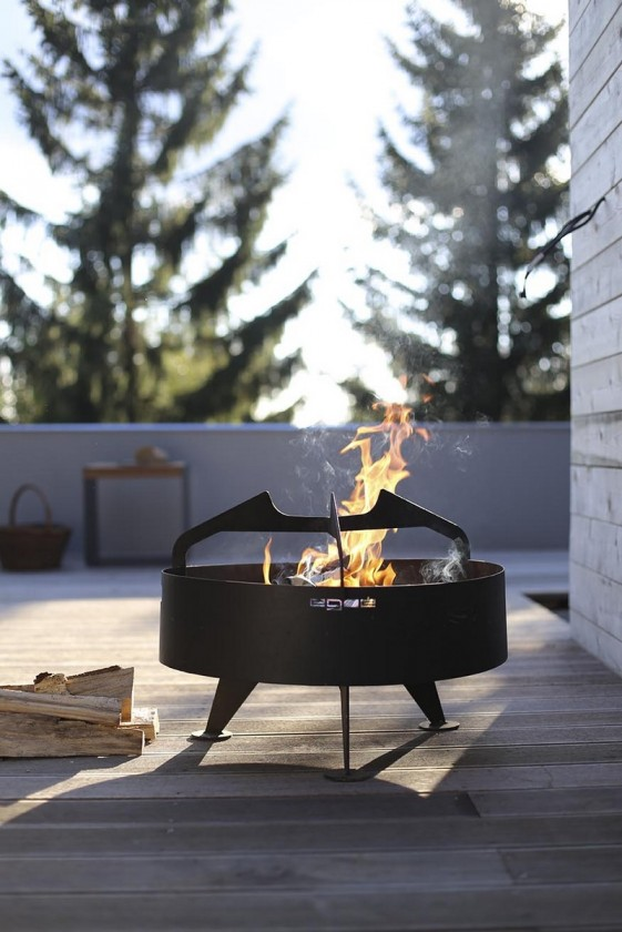 brasero grill rond back to fire pour terrasse en acier inoxydable seanroyale. Black Bedroom Furniture Sets. Home Design Ideas
