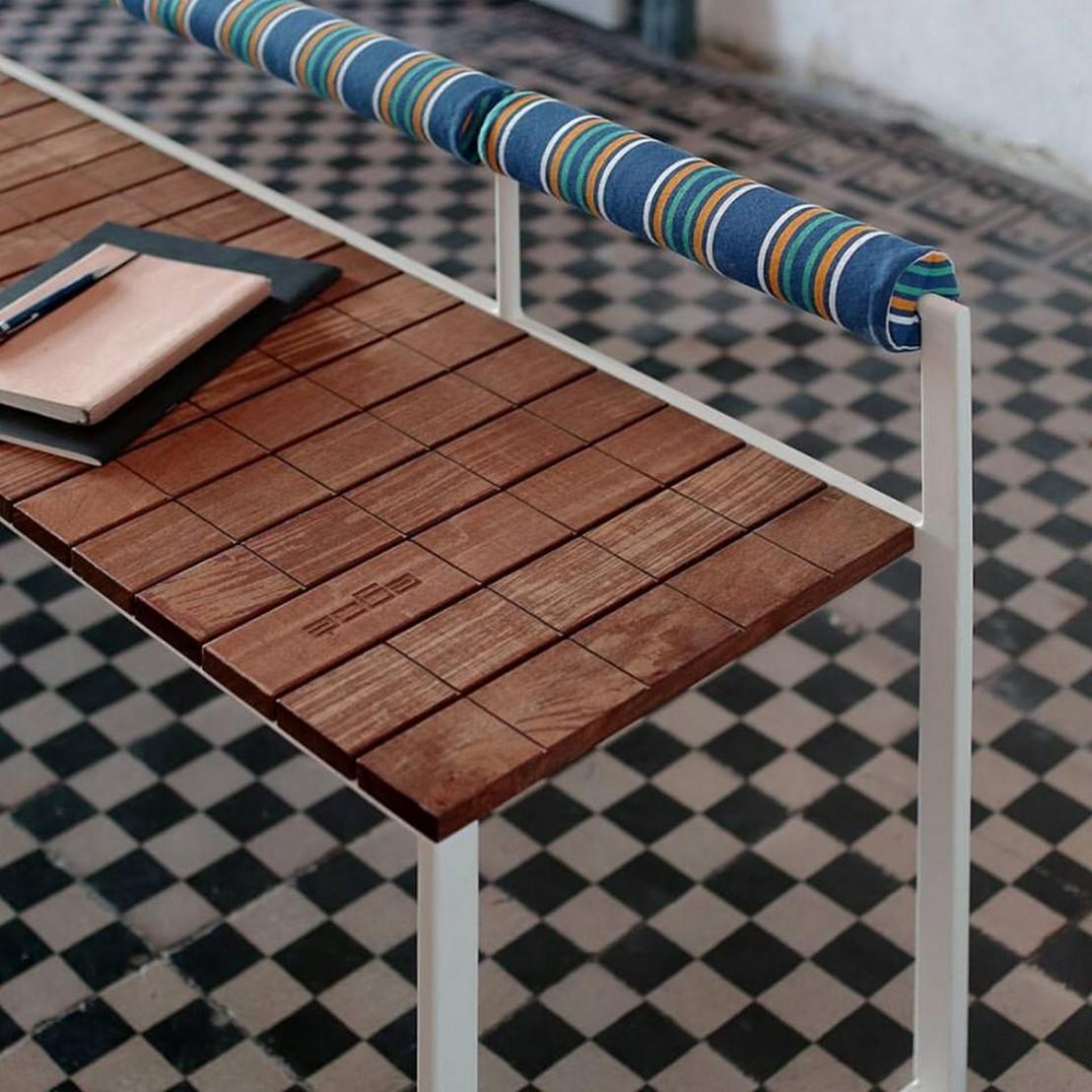 banquette ext rieure de jardin bistrot en bois massif et. Black Bedroom Furniture Sets. Home Design Ideas
