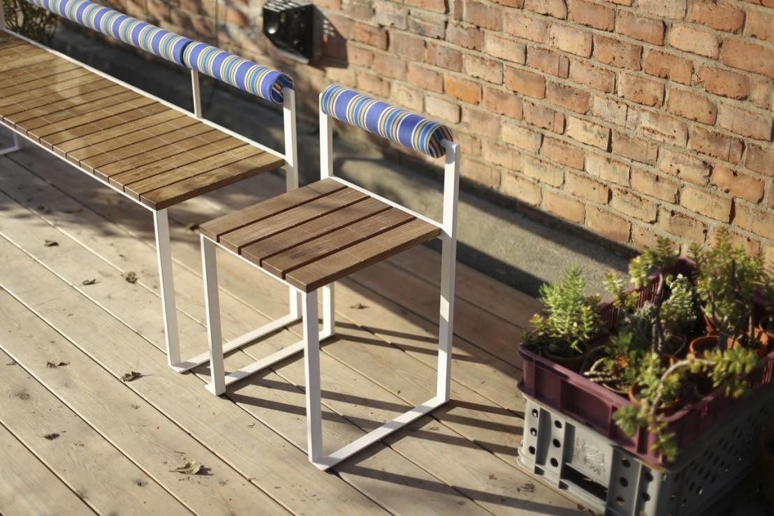 banquette ext rieure de jardin bistrot en bois massif et acier de couleur seanroyale. Black Bedroom Furniture Sets. Home Design Ideas