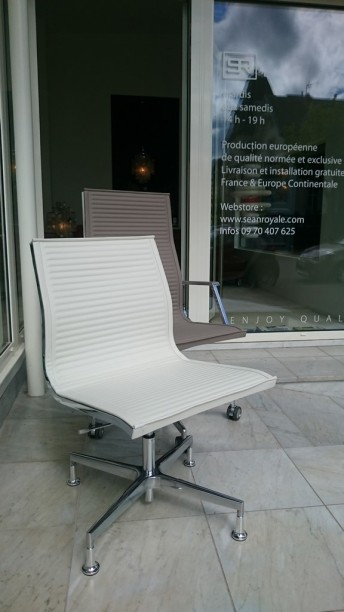 Chaise de bureau exécutive NULITE cuir pleine fleur blanc