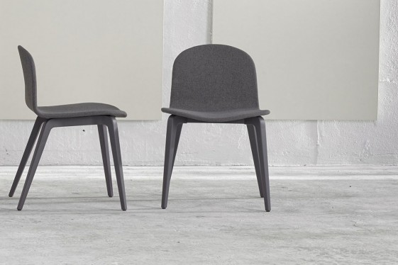 Blaine-R, chaises en hêtre laqué, tapissées de tissu, par 4