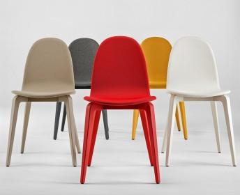 Six chaises Bliss tapissées & laquées couleur