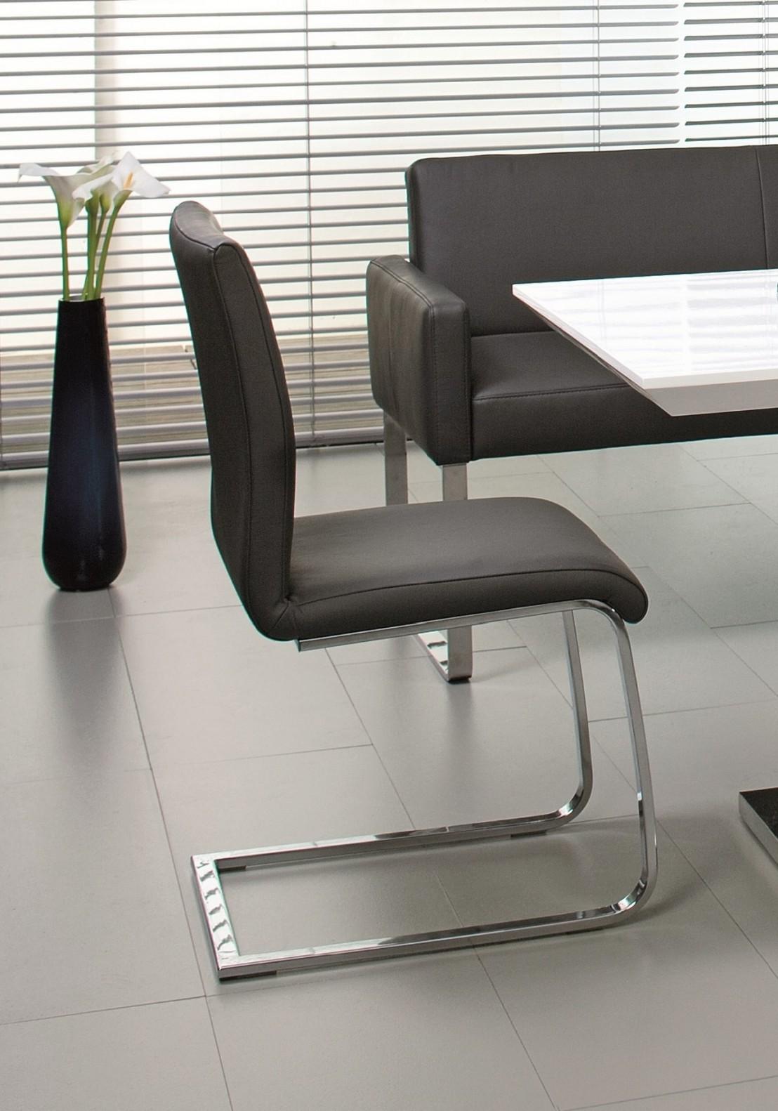 Chaise design en cuir puredining for Chaises en cuir design